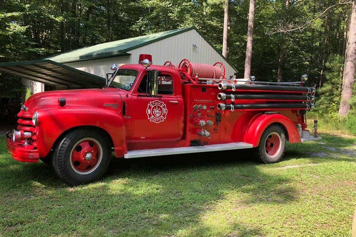 40 alte Feuerwehrautos - DailyBreak.co
